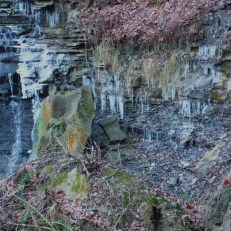 Fissile shale erodes and undercuts the overlying sandstone at Brandywine Falls